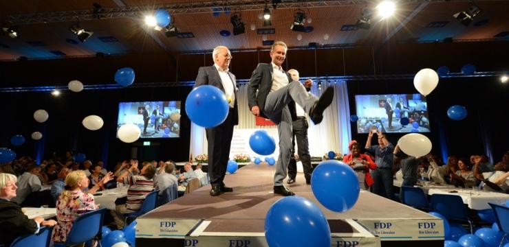 Das grosse Comeback der FDP? – Die Bilanz der kantonalen Parlamentswahlen seit 2011