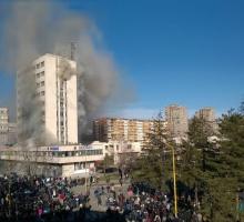 Der Bosnische Frühling: Wie die Zivilgesellschaft den Demokratisierungsprozess beeinflussen kann